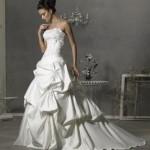 494208 Vestido de noiva moderno 15 150x150 Vestido de noiva moderno: fotos