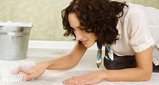 494663 Como remover mofo Alergia de mofo: o que fazer