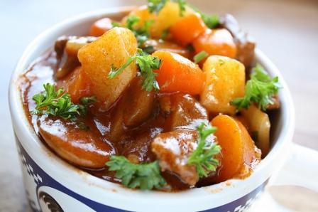 495963 ensopado carne legumes 2 Ensopado de carne com legumes