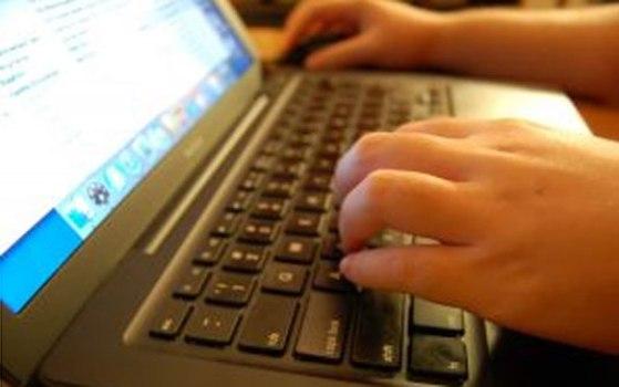 496950 Banda larga no Brasil é opção de mais de 40 dos internautas 2 Banda larga no Brasil é opção de mais de 40% dos internautas