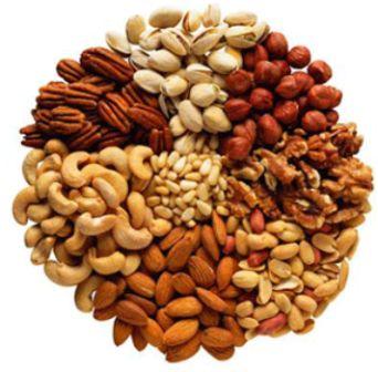 498334 As castanhas de cotia possuem muitos beneficios porém devem ser consumidas com moderação. Castanha de cotia: benefícios, como consumir