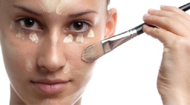 499127 ModaPinceis Maquiagem borrada: dicas para corrigir
