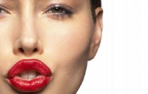Maquiagem borrada: dicas para corrigir