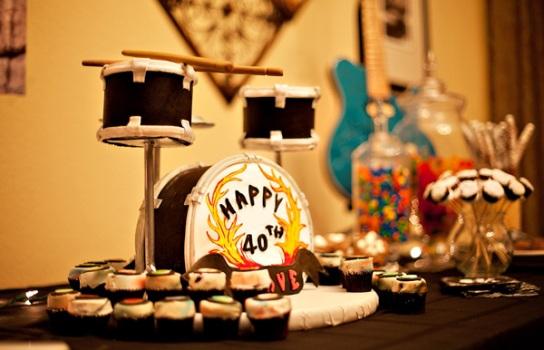 499530 Decoração de aniversário tema Rock 14 Decoração de aniversário tema Rock