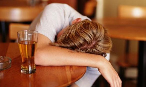 499819 Atividade cerebral pode indicar maior predisposição ao alcoolismo 2 Atividade cerebral pode indicar maior predisposição ao alcoolismo