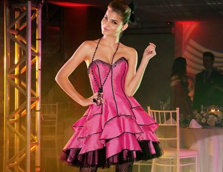 500012 Vestidos coloridos para festa de quinze anos fotos 14 Vestidos coloridos para festa de quinze anos: fotos