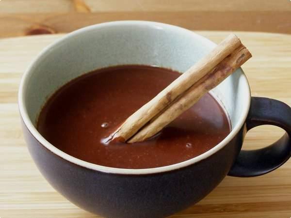 500286 chocolate quente especiarias 1 Receita de Chocolate quente com especiarias