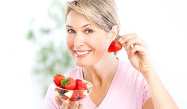 500760 Os morangos auxiliam com a diminui%C3%A7%C3%A3o do colesterol. Alimentos que diminuem colesterol