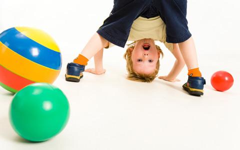 500884 Estudos apontam relação da apneia do sono com problemas como TDAH e obesidade infantil. Ronco infantil: como tratar