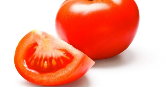 500925 O tomate %C3%A9 rico em fibras oq eu auxilia a ter um corpo saud%C3%A1vel. Alimentos que ajudam a manter a boa forma