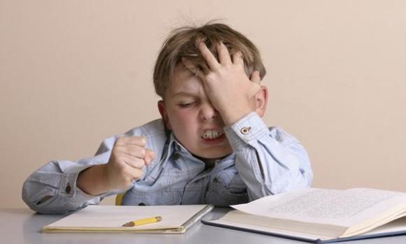 500950 O estresse n%C3%A3o tem nenhuma rela%C3%A7%C3%A3o com o desenvolvimento do estresse noturno. Crianças com terror noturno: o que fazer