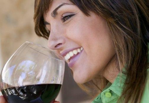 501209 Consumo moderado de álcool protege as mulheres da artrite 2 Consumo moderado de álcool protege as mulheres da artrite