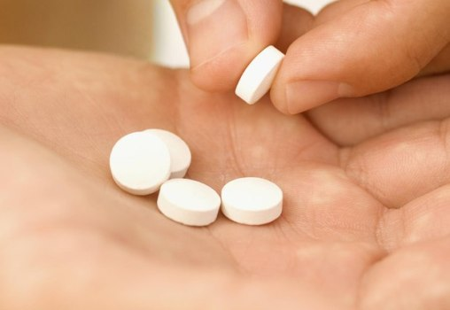 501748 Aspirina uma vez ao dia diminui risco de morte por câncer Aspirina uma vez ao dia diminui risco de morte por câncer