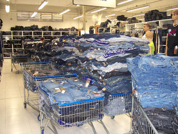 501823 Bivik Jeans Onde comprar calças jeans para revender
