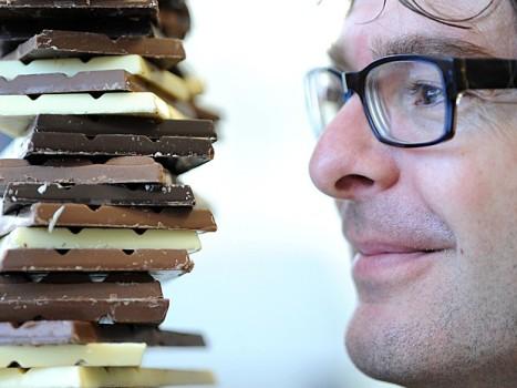 502246 Pesquisadores desenvolvem chocolate com 50 menos de gordura Pesquisadores desenvolvem chocolate com 50% menos de gordura