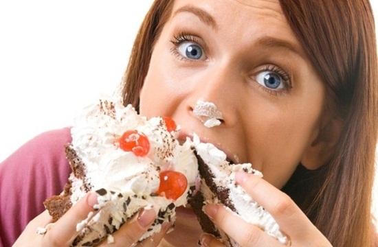 502563 A compulsão por doces afeta a vida de muitas pessoas. Compulsão por doces, como controlar