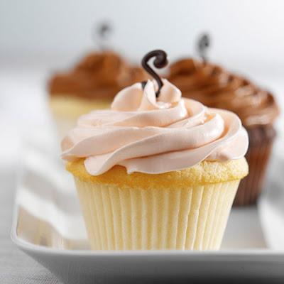 502591 cupcake de baunilha Cupcake de baunilha