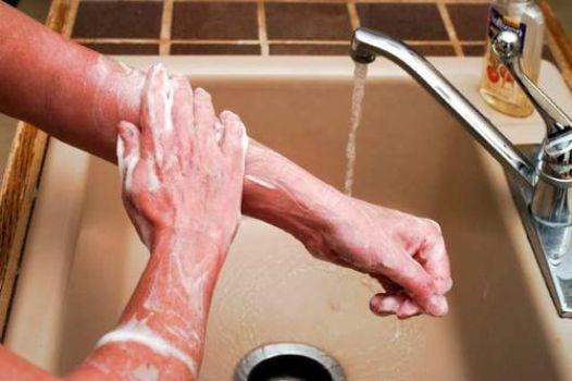 502909 Substância usada em sabonetes oferece riscos para saúde Substância usada em sabonetes oferece riscos para saúde
