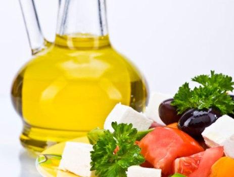503368 Dieta do Mediterrâneo com azeite contribui com a proteção dos ossos Dieta do Mediterrâneo com azeite contribui com a proteção dos ossos