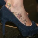 503533 Tatuagens femininas discretas fotos 18 150x150 Tatuagens discretas para mulher: fotos