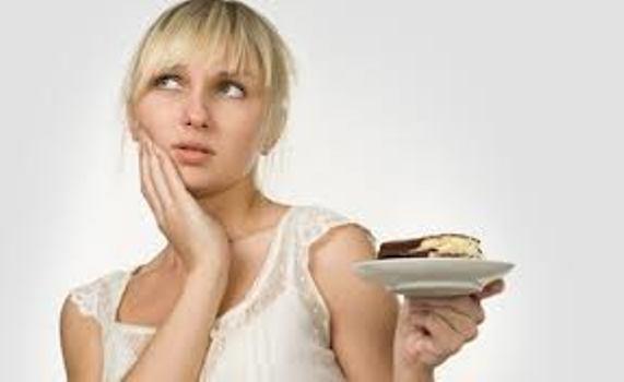 504005 A anorexia é um dos transtornos alimentares mais comuns entre a população. Anorexia: sintomas, como identificar