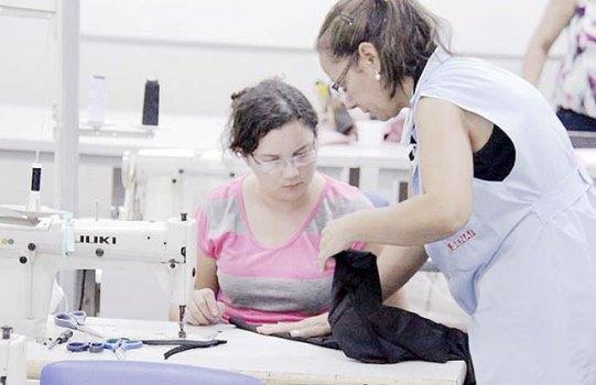50560 Curso Técnico Gratuito de Costura Industrial SENAI 1 Curso Técnico Gratuito de Costura Industrial SENAI