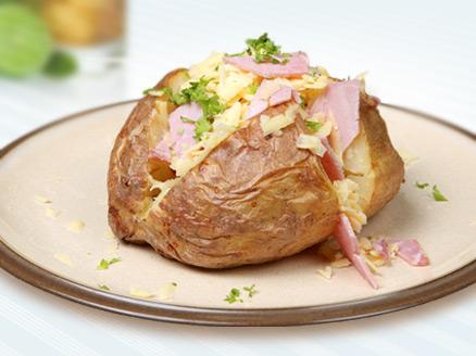 506088 Batata recheada com presunto e queijo 1 Batata recheada com presunto e queijo