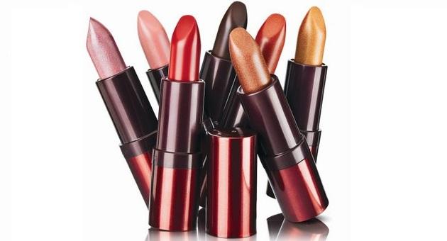 507071 batons Cor de batom ideal para cada formato dos lábios
