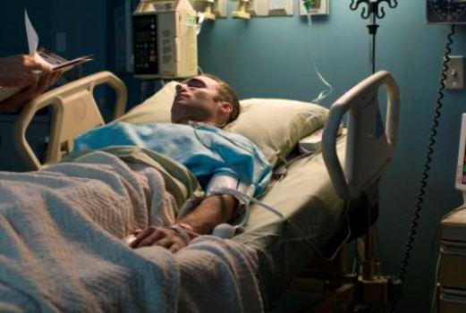 509652 Doentes terminais poderão abrir mão de tratamento determina CFM Doentes terminais poderão abrir mão de tratamento, determina CFM