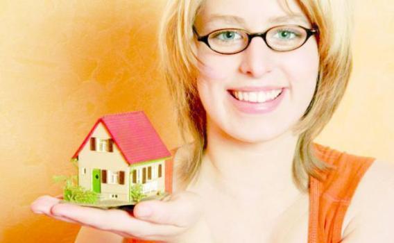 510262 Ao morar sozinho é essencial conter os gastos. foto divulgação Dicas de economia para morar sozinho