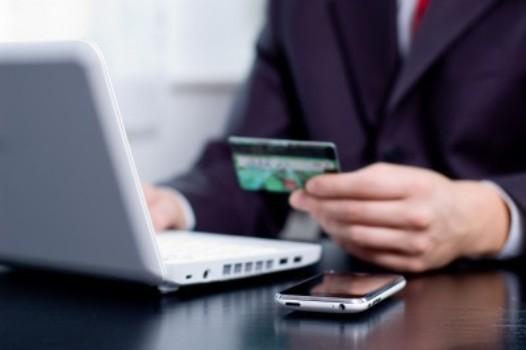 512145 Internet Banking é o 2º canal preferido dos brasileiros em operações bancárias Internet Banking é o 2º canal preferido dos brasileiros em operações bancárias