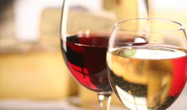 512356 O vinho doce é feito de uma safra de uvas mais maduras Fotodivulgação. Vinho doce: como consumir, dicas