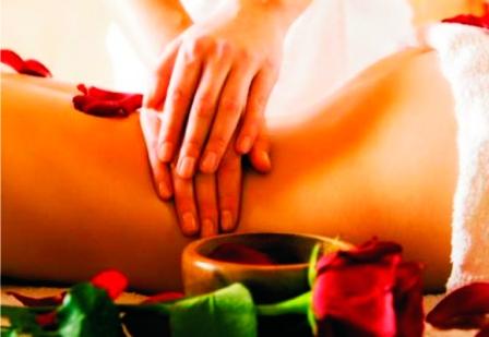 514789 As massagens modeladoras ajudam a reduzir medidas Foto divulgação. Massagem modeladora como fazer em casa, passo a passo