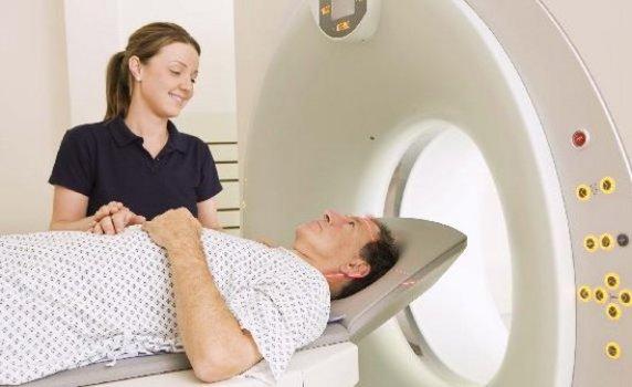 516058 Exame de hálito pode ajudar no diagnóstico de câncer pulmonar Exame de hálito pode ajudar no diagnóstico de câncer pulmonar