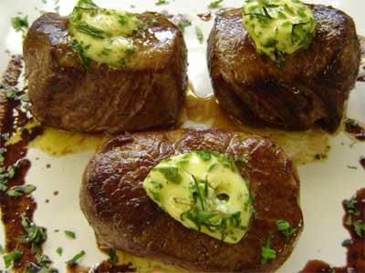 517035 Molho de manteiga com ervas Receita de molho de manteiga com ervas