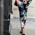 517424 As estampas florais são ótimas opções de escolha. Foto divulgação 150x150 Modelos de calças para o verão 2013