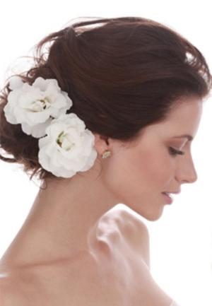 519814 Enfeitar cabelo com flores dicas fotos.3 Enfeitar cabelo com flores: dicas, fotos