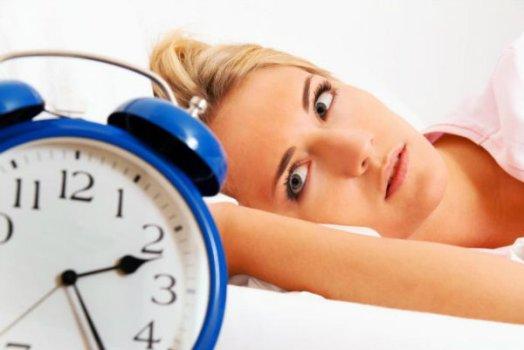522364 Dormir mais horas de sono pode evitar diabetes em jovens Dormir mais horas de sono pode evitar diabetes em jovens