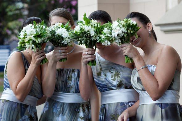 522655 O ideal é que os vestidos sejam parecidos. Foto divulgação Vestidos para dama de honra adulta: fotos