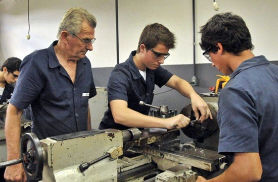 523215 Curso de qualificação em Metal Mecânica Senai 2013 2 Curso de qualificação em Metal Mecânica   Senai 2013