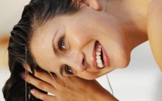 527204 Hidratação caseira para alisar cabelo Hidratação caseira para alisar cabelo