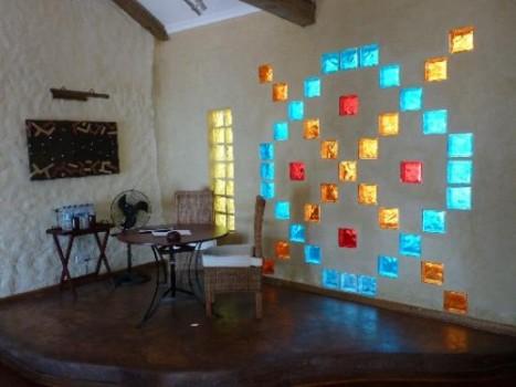 527211 Decoração com tijolos de vidro fotos 4 Decoração com tijolos de vidro: fotos