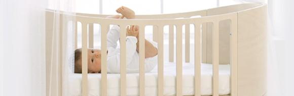 530779 Posicione o berço do bebê longe da corrente de vento. Foto divulgação Dicas de enfeites para quarto de bebê