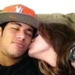 530828 neymar e bruna marquezine namorando 150x150 Fotos de Bruna Marquezine: suposta namorada de Neymar