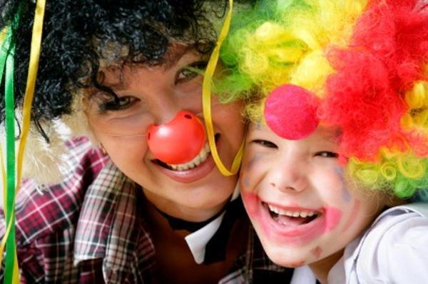 533229 O riso traz mais benefícios para a saúde do que se pensava. Benefícios do riso para a saúde