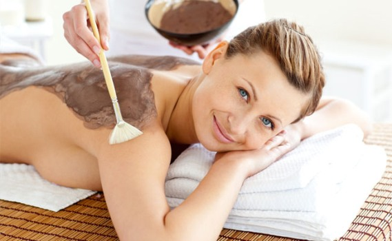 537166 A esfoliação da pele ajuda a remover células mortas. Foto divulgação Esfoliar a pele: benefícios