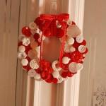 538606 As guirlandas podem ser feitas com botões. Foto divulgação 150x150 Festa de Natal na escola: dicas de decoração