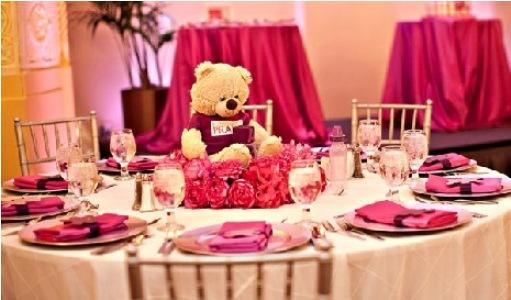 539146 A cor rosa é a mais indicada para os chás de bebê femino. Foto divulgação Decoração do chá de bebê: temas