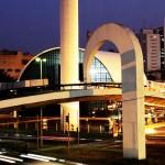 539254 Projetado por Oscar Niemeyer o Memorial da América Latina foi inaugurado em 18 de março de 1989 em São Paulo 150x150 Principais obras do Oscar Niemeyer