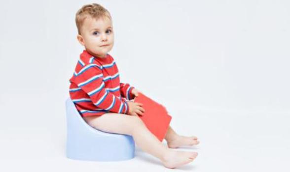 539680 A partir dos 2 anos de idade a criança está preparada para tirar a fralda. Foto divulgação Como tirar o bebê das fraldas